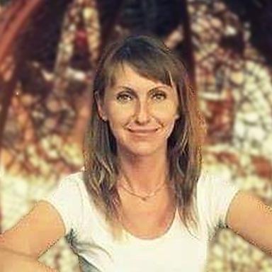 Олена Малюга